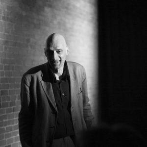 Portrait noir et blanc de Didier Kowarsky